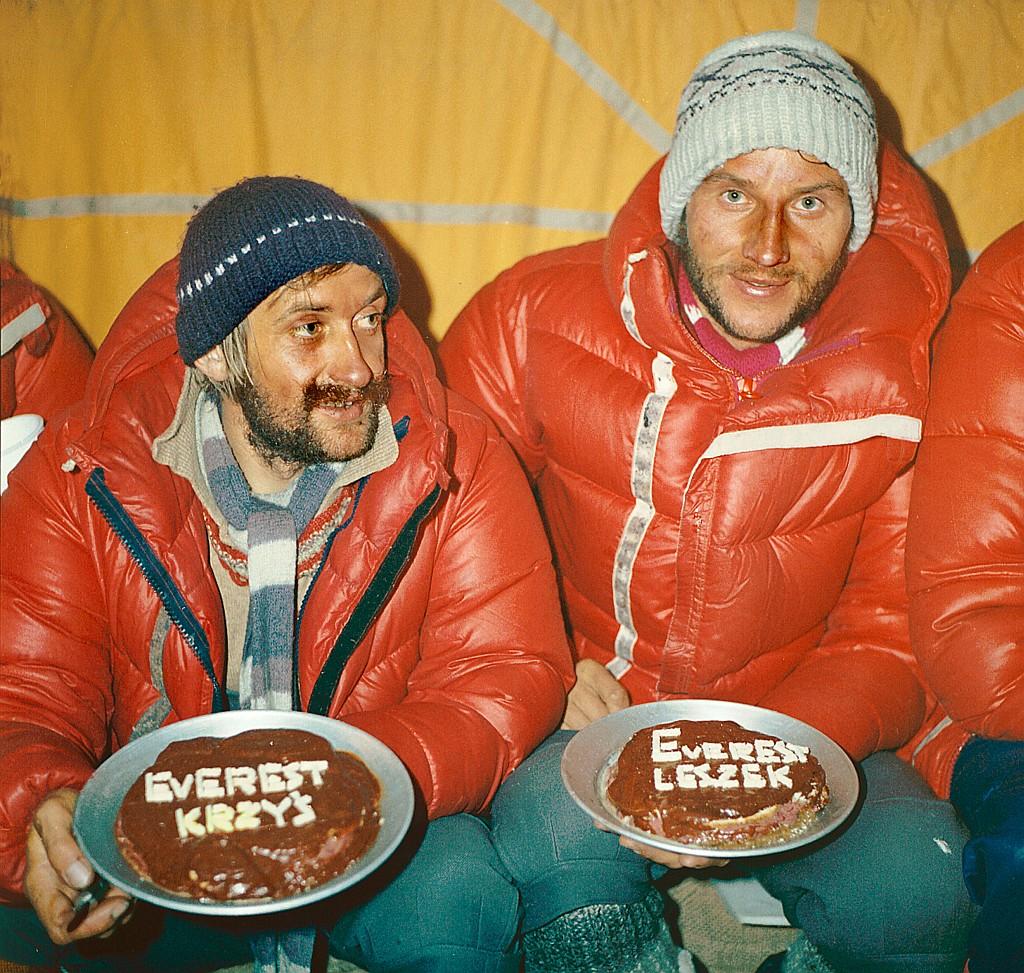 Krzysztof Wielicki and Leszek Cichy.Everest.February1980.Fot (2) - Kopia