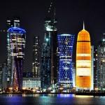 29 Katar Doha nocny widok